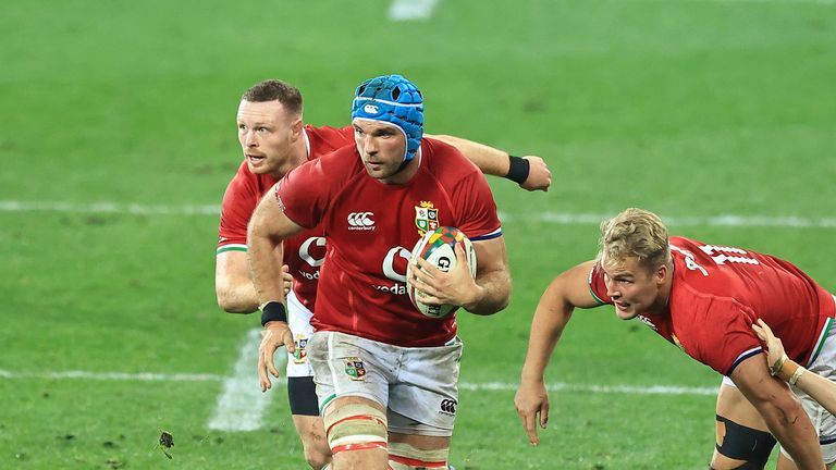 Tadhg Beirne carries for the Lions