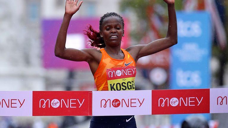 Brigid Kosgei defended her women's title in 2020