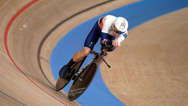 Jaco Van Gass has won gold in the men's C3 3000m individual pursuit