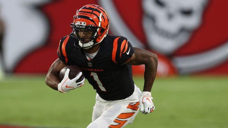 Ja'Marr Chase and Burrow are back together in Cincinnati (AP)