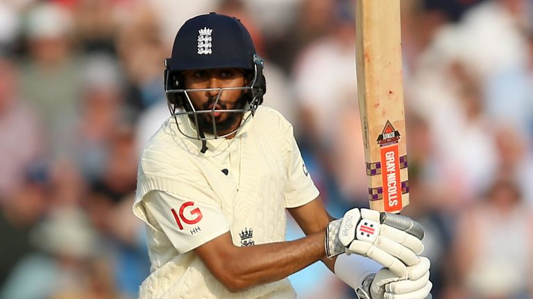 Haseeb Hameed finished unbeaten on 60 as he and Rory Burns put on an unbroken 120 before stumps