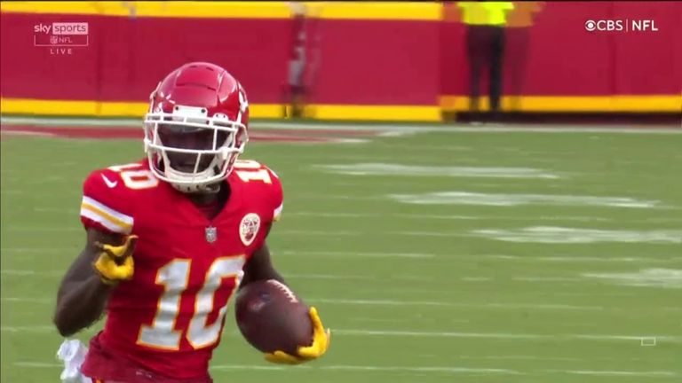 Patrick Mahomes scrambles out desperately to his right before unleashing a monstrous deep ball to Tyreek Hill for a 75-yard touchdown!