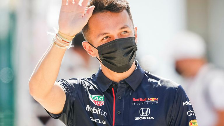 Alex Albon returns to F1 race seat with Williams in season 2022 as a replacement