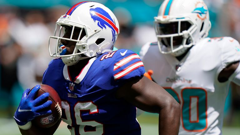 Bills running back Devin Singletary flew through the Dolphins defense for 46-yard touchdown.