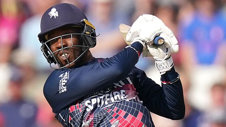 Daniel-Bell Drummond smashed seven boundaries and two sixes in his knock of 82 off 51 balls for Kent