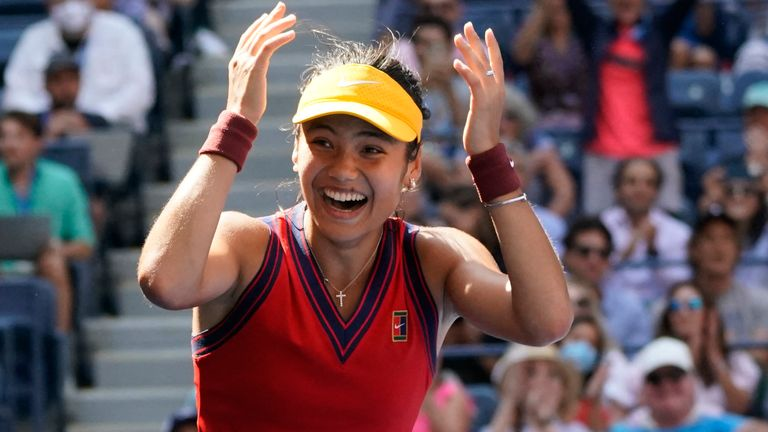 Britain's Emma Raducanu became the first qualifier in US Open history to reach the last four with another outstanding display against the reigning Olympic champion Belinda Bencic