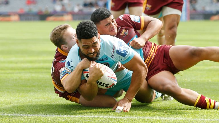 Highlights from game 1 of day 2 of Magic Weekend between Huddersfield Giants and Wakefield Trinity