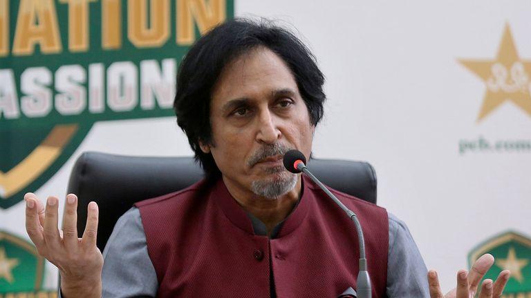 قال رئيس مجلس الكريكيت الباكستاني راميز رجا إن قرار البنك المركزي الأوروبي بإلغاء جولة إنجلترا إلى باكستان محبط للغاية