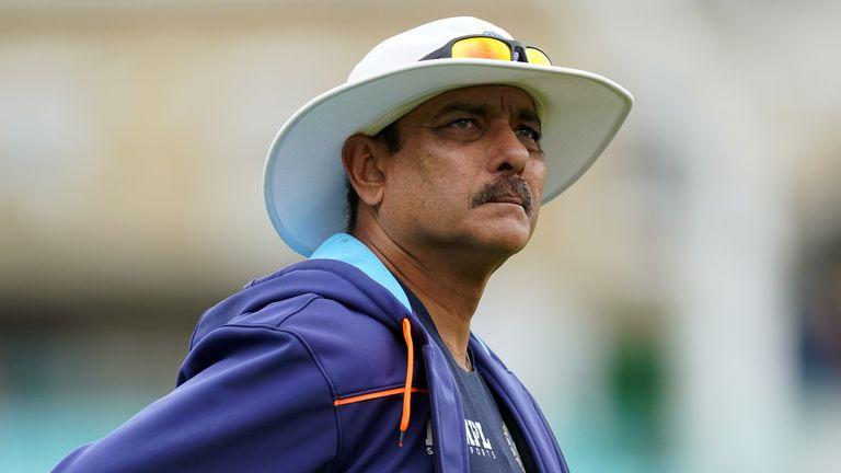 Ravi Shastri a annoncé son intention de se retirer de son poste d'entraîneur-chef de l'Inde