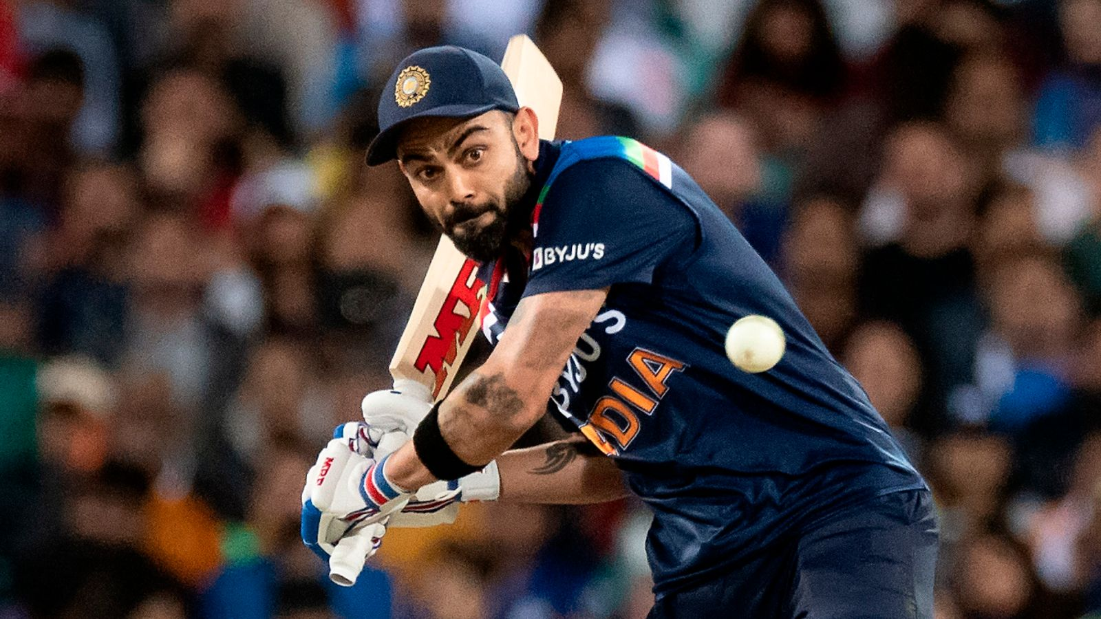 Virat Kohli says MS Dhoni's role as India mentor will boost team's T20 World Cup chances