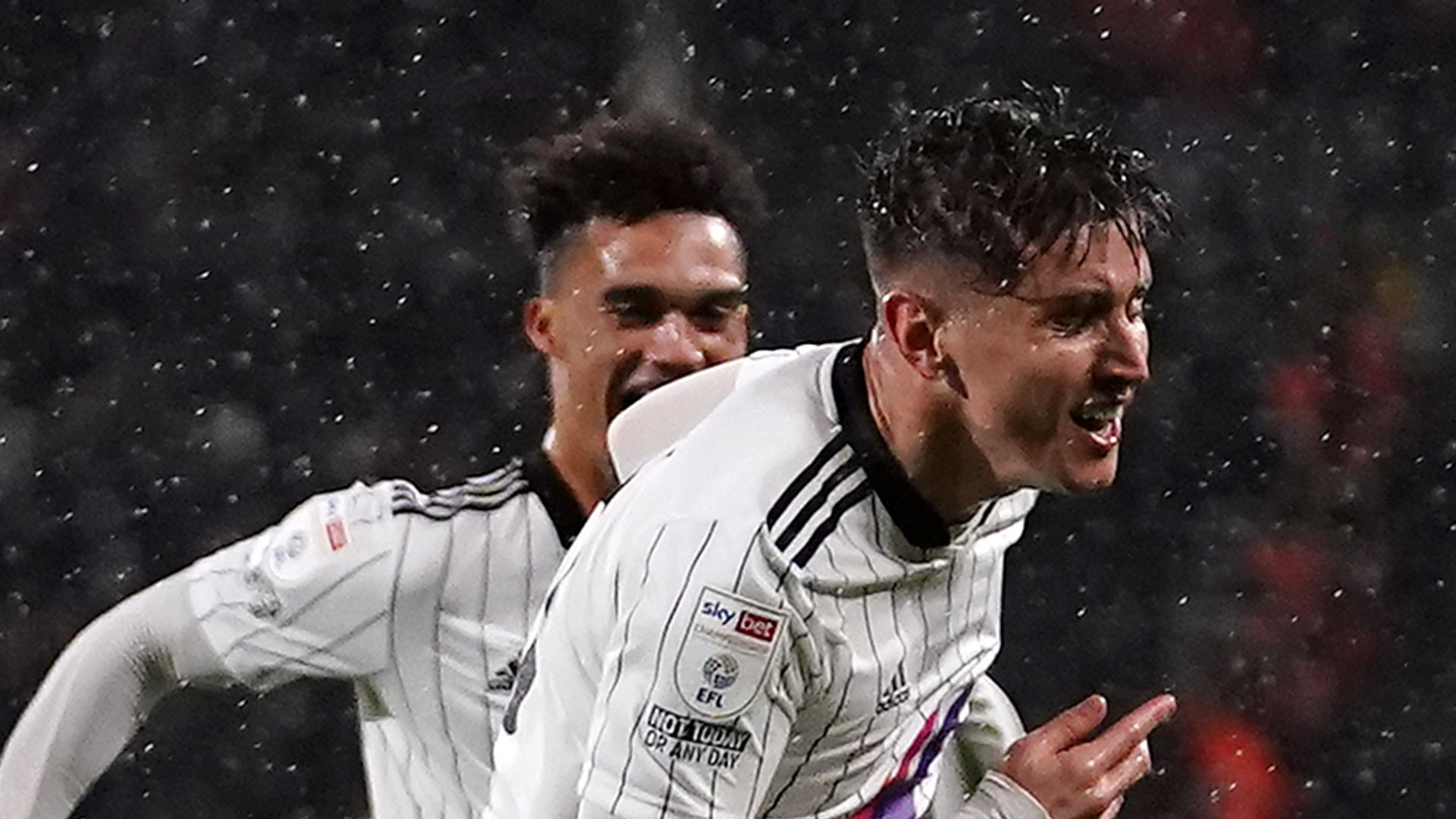 Fulham ease past sorry Cardiff