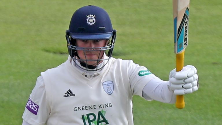 Veteran batter Sam Northeast has joined Glamorgan on a three-year contract